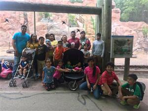 Families at Cameron Park Zoo